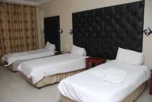 Hotel Galaxy, Отели  Ongwediva - big - 30