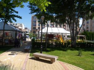 Sun & Sea Apartments, Apartments  Sunny Beach - big - 128