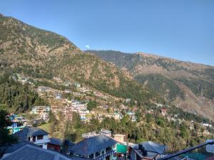 Mountain View Budget Stay in Dharamkot, Homestays  Dharamshala - big - 3