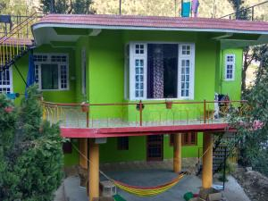 Cosy Budget Stay In Dharamkot, Homestays  Dharamshala - big - 1