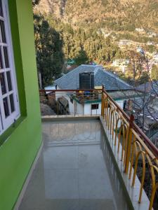 Cosy Budget Stay In Dharamkot, Homestays  Dharamshala - big - 3