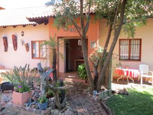 Phokoje Bed and Breakfast, Bed & Breakfast  Ramotswa - big - 27