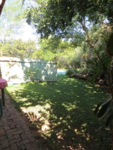 Phokoje Bed and Breakfast, Bed & Breakfast  Ramotswa - big - 17
