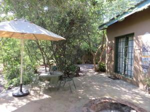 Phokoje Bed and Breakfast, Bed & Breakfast  Ramotswa - big - 2