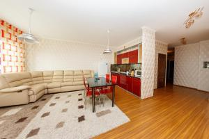 2 rooms Dostyk 5 Apatment, Apartments  Astana - big - 7
