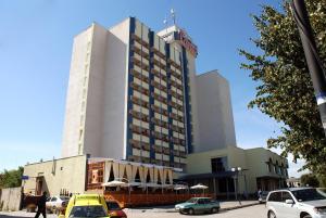 Отель 7 Дней, Каменец-Подольский