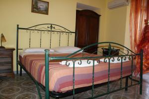 A Taverna Intru U Vicu, Bed & Breakfasts  Belmonte Calabro - big - 3