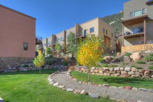 Durango Valley Townhome, Apartmány  Durango - big - 36