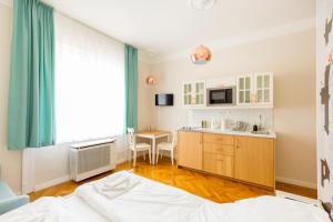 Otto Studios, Apartments  Budapest - big - 12