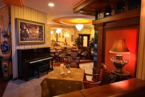 Hotel Austria, Hotely  Tirana - big - 33