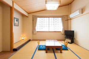 Фото отеля Watarase Onsen Hotel Yamayuri