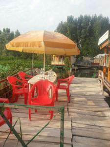 City Of Kashmir, Отели  Сринагар - big - 33