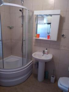 Apartment Mainski put, Apartmanok  Budva - big - 17