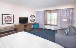 Hampton Inn & Suites LAX El Segundo, Отели  Эль-Сегундо - big - 19