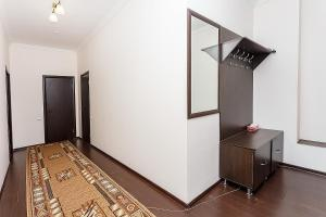 Apartments Versal on Sarayshyq 40, Apartmanok  Asztana - big - 2