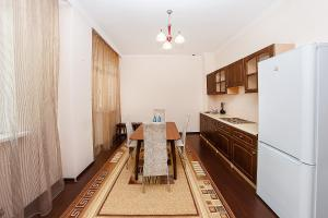 Apartments Versal on Sarayshyq 40, Apartmanok  Asztana - big - 16