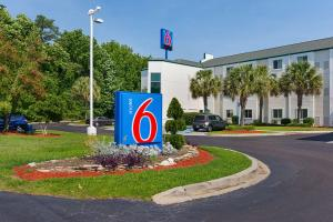 Motel 6 Columbia East South Carolina, Hotely  Columbia - big - 59