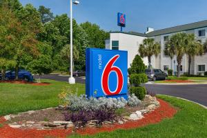 Motel 6 Columbia East South Carolina, Hotely  Columbia - big - 56