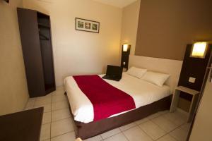 Brit Hotel Essentiel Sète / Balaruc