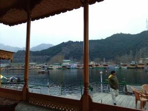 City Of Kashmir, Отели  Сринагар - big - 56
