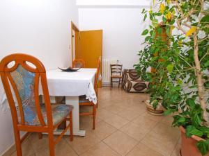 Apartment Nada 1202, Ferienwohnungen  Banjole - big - 2