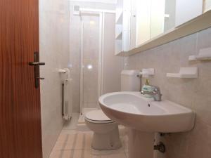 Apartment Nada 1202, Ferienwohnungen  Banjole - big - 20