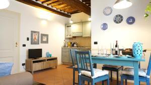 Appartamento La Torre di S.Frediano, Apartmanok  Lucca - big - 23