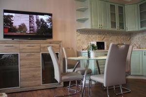 Jurincom apartments na Vyhlidce, Apartmány  Karlovy Vary - big - 19