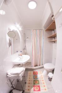 Clinic Apartman