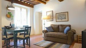 Appartamento La Torre di S.Frediano, Apartmanok  Lucca - big - 1