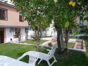 Garden House, Bed and breakfasts  Ercolano - big - 29
