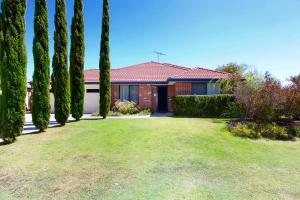 Family Ties - Busselton - Margaret River Wine Region, Western Australia, Australia