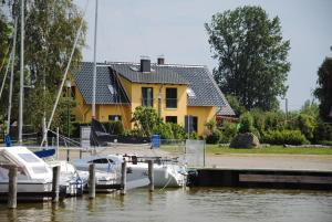 Ferienhaus am kleinen Hafen