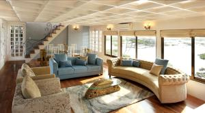 In My Place Houseboats Reviews
