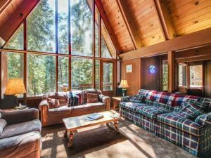Dwengi House* - Alpine Meadows