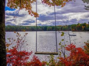 The Retreat At Upper Range Pond, Дома для отпуска  Poland - big - 48