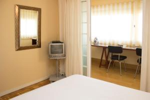 Holidays Puig Beach Apartment, Апартаменты  Moncada - big - 29