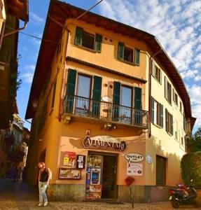 Bellagio Center Town Apartments