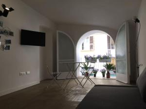 La Spezia City Apartment Minzoni 20, Holiday homes  La Spezia - big - 2