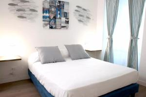 La Spezia City Apartment Minzoni 20, Holiday homes  La Spezia - big - 1