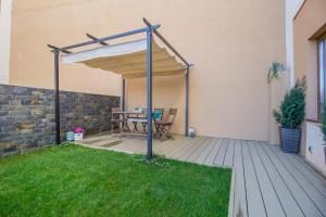 Seasons Studio Garden, Apartments  Braşov - big - 27