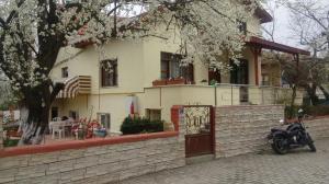 Eren Villa
