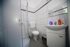 Central Residence, Ferienwohnungen  Braşov - big - 18