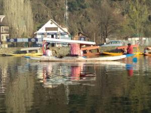 City Of Kashmir, Отели  Сринагар - big - 46