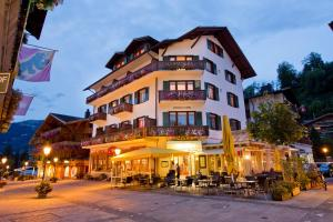 Sporthotel Victoria - Hotel - Gstaad
