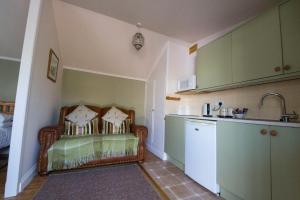 Woodlands Guest House, Penzióny  Brixham - big - 24