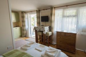 Woodlands Guest House, Penzióny  Brixham - big - 25