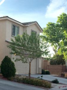 Vacation Rental with Pool close to Downtown Las Vegas