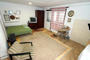 Studio Apartment Ramica - фото 15