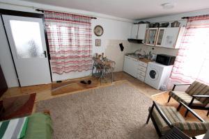 Studio Apartment Ramica - фото 17